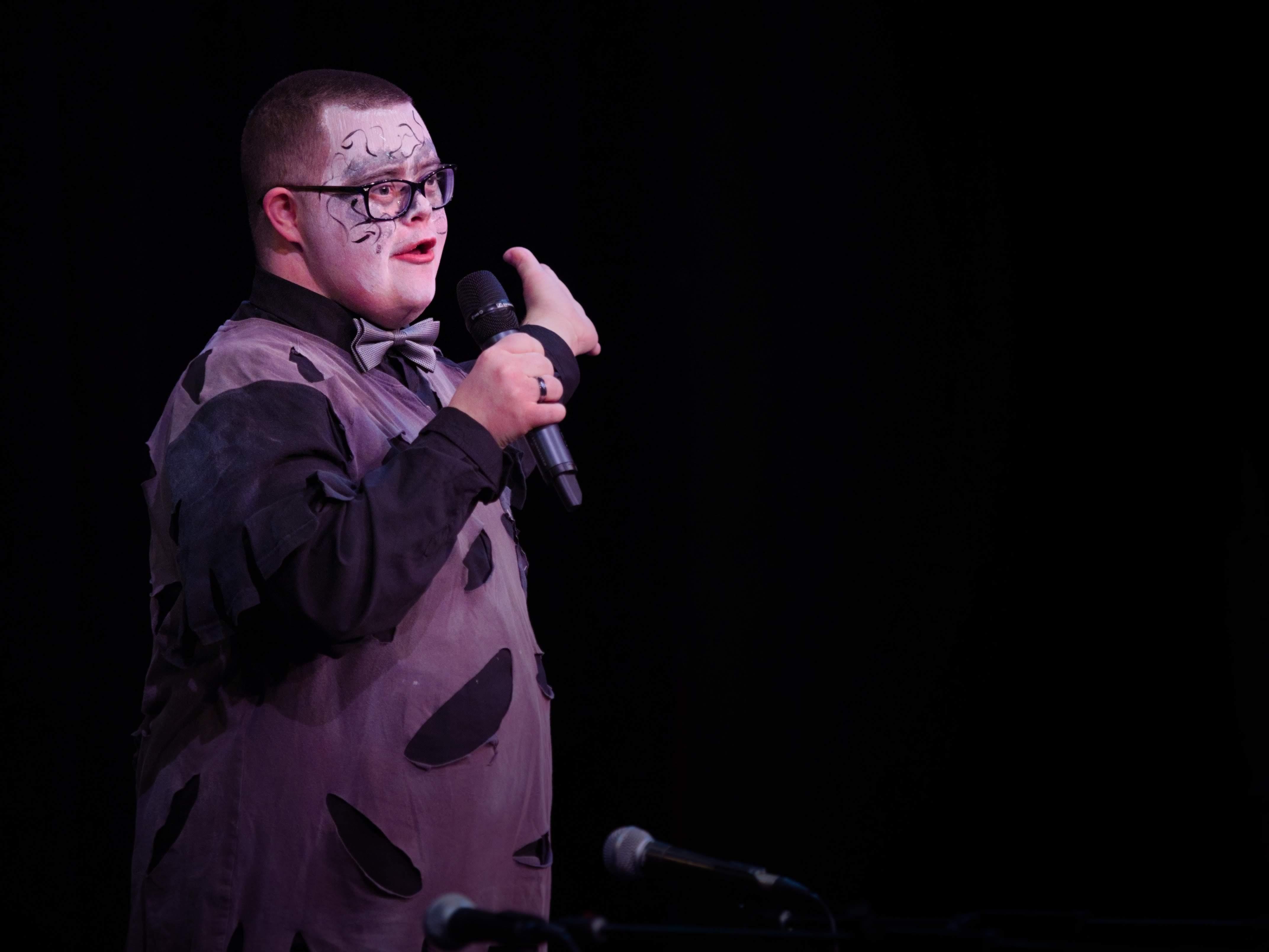 WGE Parasteddfod Matthew Gibbons Performs