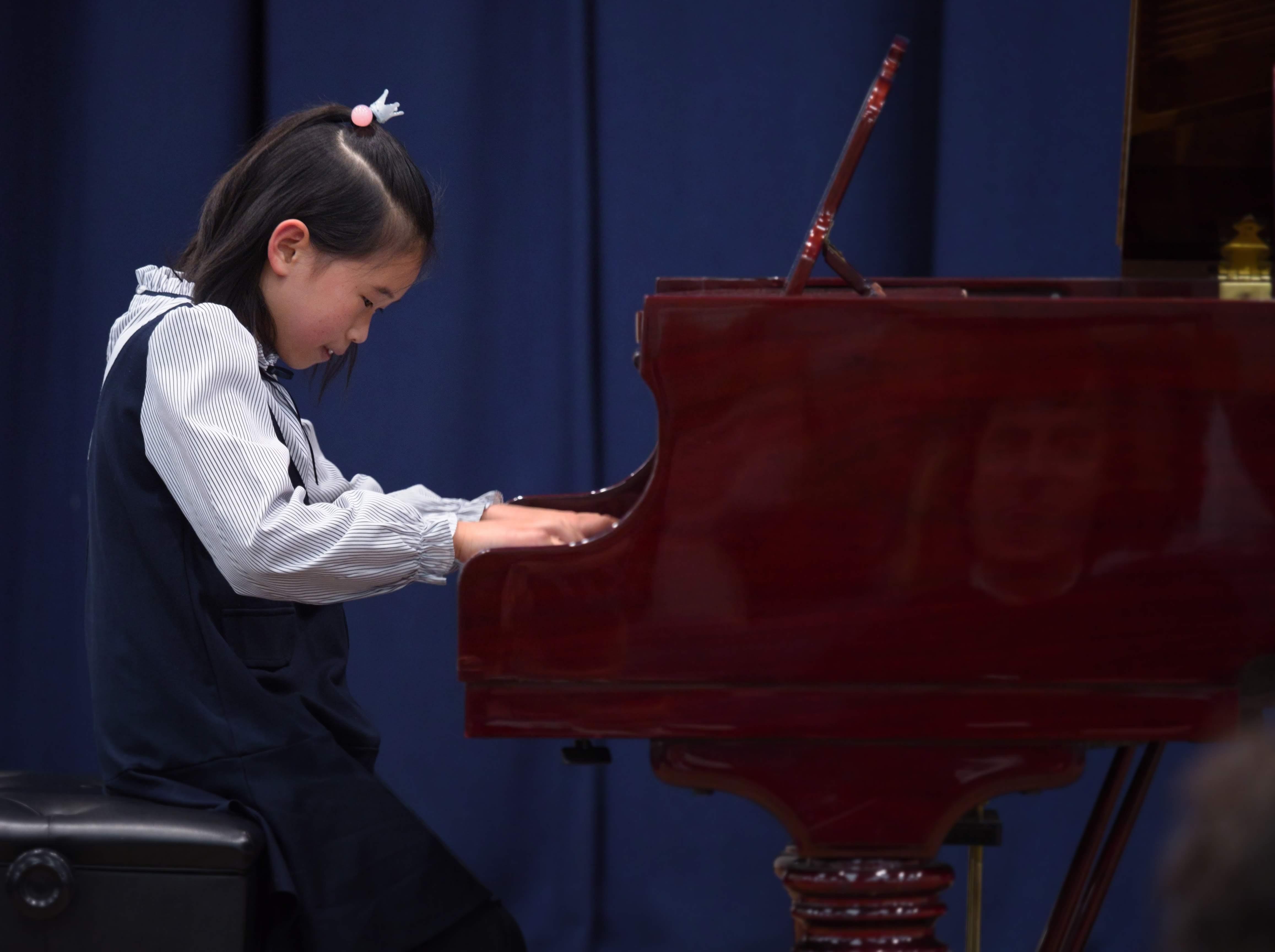 WGE Pianoforte Day 1 Serenity Lao Displays her skills on the Piano