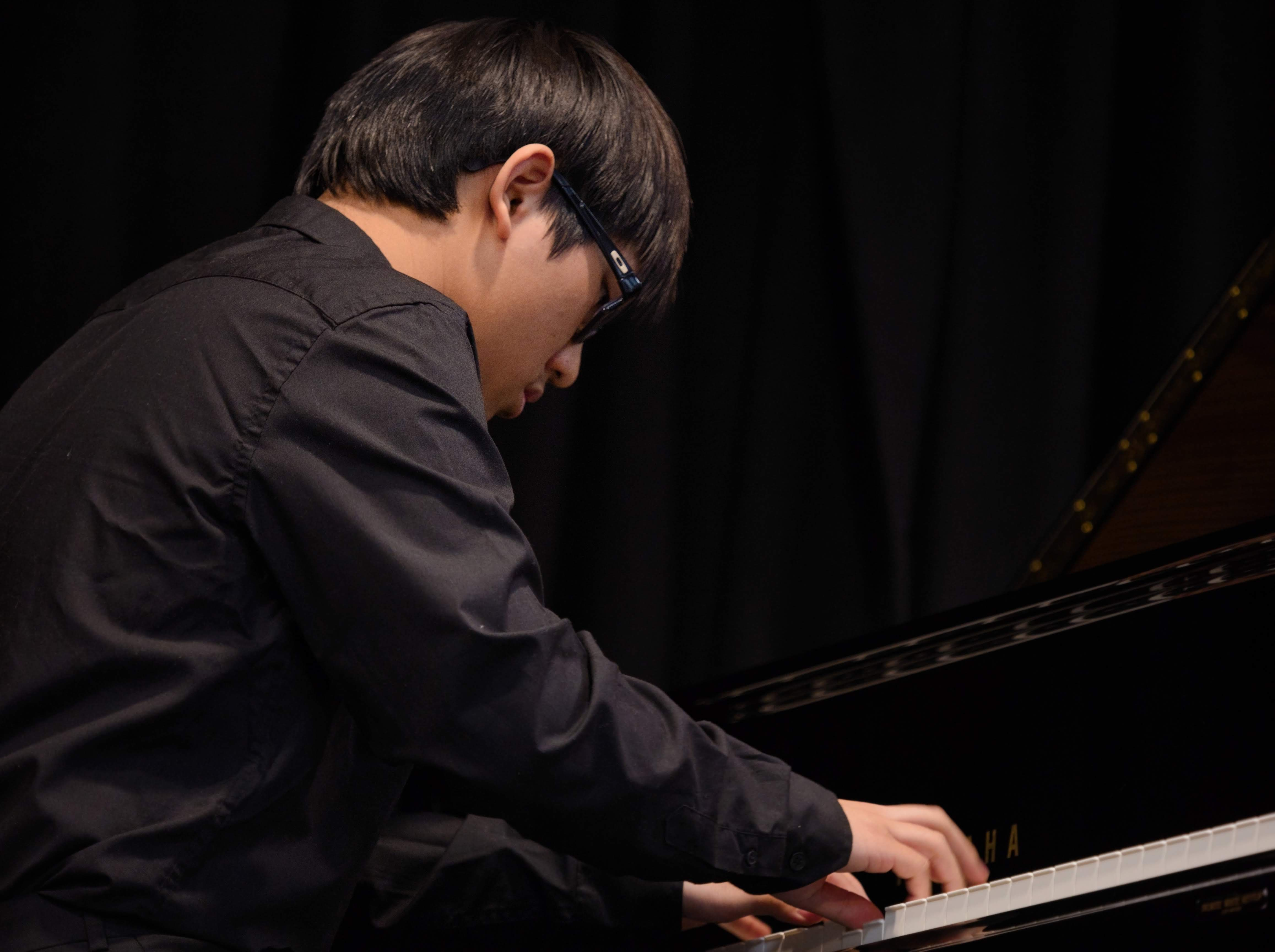 WGE Pianoforte Day 3 Michael Widjaja Displays His Skills on the Piano