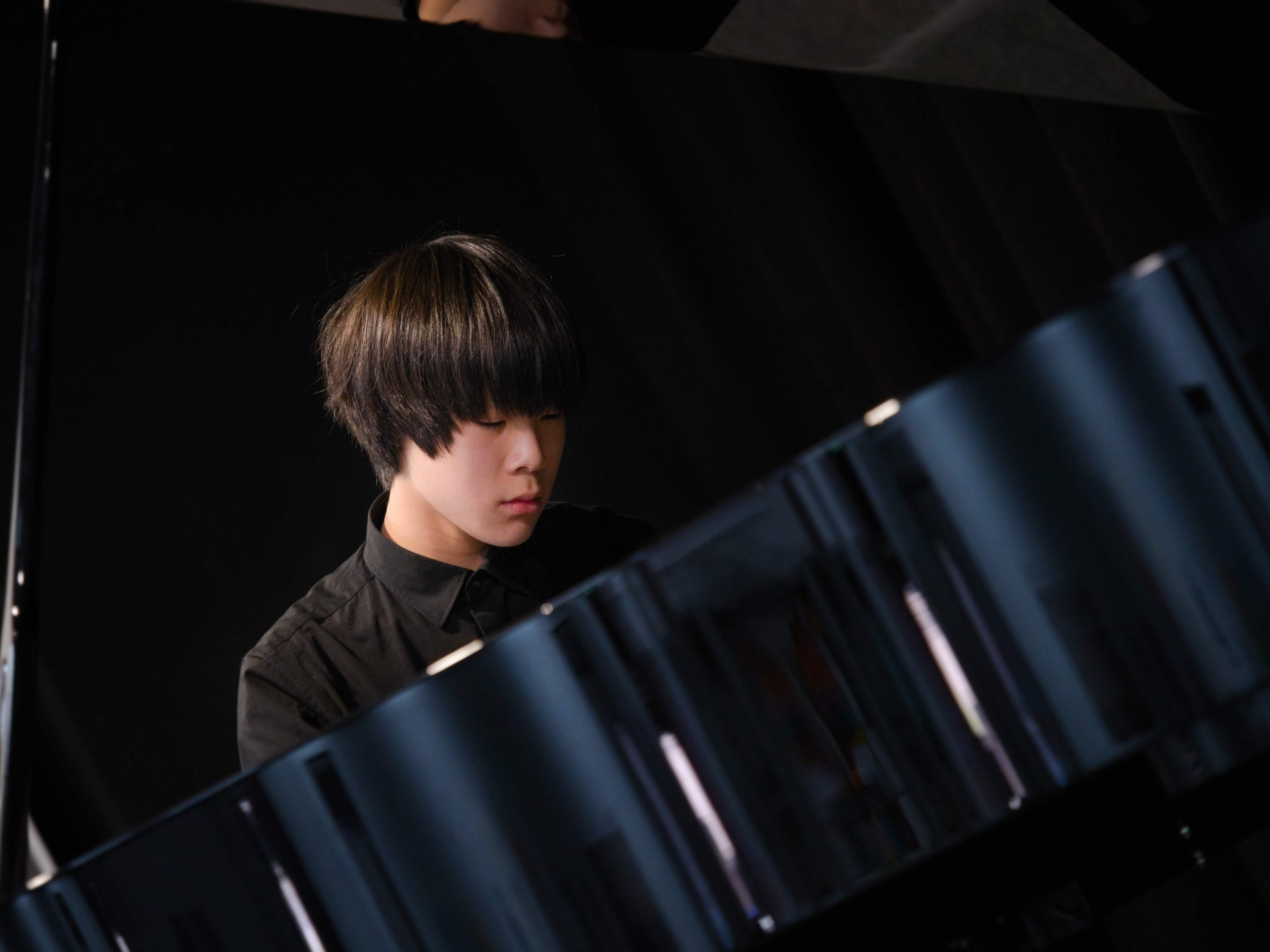 WGE Pianoforte Day 4 Max Jiang Performs on the Piano